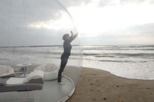 Crystal-Bubble-Transparent-Concept-Living-3